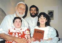 ترجمة فارس الاسلام الشيخ احمد ديدات deedat-family.jpg